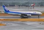 Tomo_lgmさんが、羽田空港で撮影した全日空 777-281/ERの航空フォト(写真)