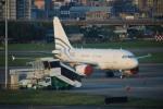 A350XWB-HNDさんが、台北松山空港で撮影した中国個人所有 A318-112 CJ Eliteの航空フォト(写真)