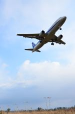 you55さんが、米子空港で撮影した全日空 A320-211の航空フォト(写真)