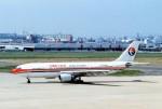 kintaroさんが、福岡空港で撮影した中国東方航空 A300B4-605Rの航空フォト(写真)