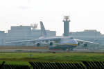 szkkjさんが、成田国際空港で撮影したアントノフ・エアラインズ An-124-100 Ruslanの航空フォト(写真)