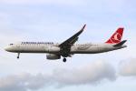 Koba UNITED®さんが、ロンドン・ヒースロー空港で撮影したターキッシュ・エアラインズ A321-231の航空フォト(写真)