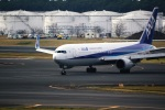 DVDさんが、成田国際空港で撮影した全日空 767-381/ERの航空フォト(写真)