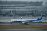 はやたいさんが、羽田空港で撮影した全日空 767-381/ERの航空フォト(写真)
