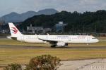 遠森一郎さんが、福岡空港で撮影した中国東方航空 A321-231の航空フォト(写真)