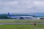 dragonflyさんが、新千歳空港で撮影した全日空 777-381の航空フォト(写真)