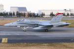 マリオ先輩さんが、横田基地で撮影したアメリカ海兵隊 F/A-18C Hornetの航空フォト(写真)
