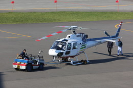 meijeanさんが、札幌飛行場で撮影した北海道航空 AS350B2 Ecureuilの航空フォト(写真)