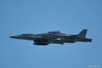 やまちゃんKさんが、嘉手納飛行場で撮影したアメリカ海兵隊 F/A-18D Hornetの航空フォト(写真)