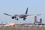 多楽さんが、成田国際空港で撮影したユナイテッド航空 777-222の航空フォト(写真)