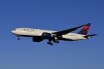地主さんが、成田国際空港で撮影したデルタ航空 777-232/LRの航空フォト(写真)
