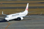 Snow manさんが、新千歳空港で撮影した日本航空 737-846の航空フォト(写真)