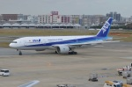 amagoさんが、福岡空港で撮影した全日空 777-281の航空フォト(写真)