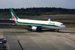 DVDさんが、成田国際空港で撮影したアリタリア航空 A330-202の航空フォト(写真)