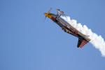 チャッピー・シミズさんが、ネリス空軍基地で撮影したアメリカ企業所有 Edge 540 V3の航空フォト(写真)