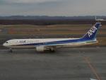 さゆりんごさんが、新千歳空港で撮影した全日空 767-381/ERの航空フォト(写真)