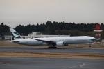 鷹輝@SKY TEAMさんが、成田国際空港で撮影したキャセイパシフィック航空 777-367の航空フォト(写真)