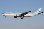 mototripさんが、成田国際空港で撮影した大韓航空 A330-323Xの航空フォト(写真)
