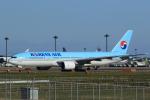 多楽さんが、成田国際空港で撮影した大韓航空 777-2B5/ERの航空フォト(写真)