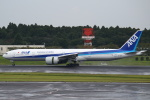 セブンさんが、成田国際空港で撮影した全日空 777-381/ERの航空フォト(写真)