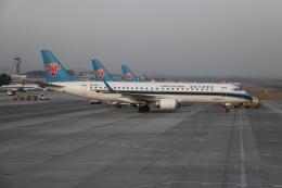 航空フォト:B-3145 中国南方航空 E190