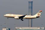 まいけるさんが、スワンナプーム国際空港で撮影したエティハド航空 A330-243の航空フォト(写真)
