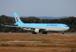 ケロさんが、岡山空港で撮影した大韓航空 A330-323Xの航空フォト(写真)