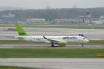 pringlesさんが、チューリッヒ空港で撮影したエア・バルティック BD-500-1A11 CSeries CS300の航空フォト(写真)