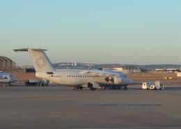 yama777さんが、マルセイユ・プロバンス空港で撮影したWDLアヴィエーション BAe-146-200の航空フォト(飛行機 写真・画像)