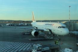yama777さんが、マルセイユ・プロバンス空港で撮影したエールフランス航空 A320-214の航空フォト(飛行機 写真・画像)