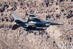 チャッピー・シミズさんが、ネリス空軍基地で撮影したアメリカ空軍 F-16C Fighting Falconの航空フォト(写真)