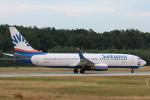 安芸あすかさんが、フランクフルト国際空港で撮影したサンエクスプレス・ジャーマニー 737-8ASの航空フォト(写真)
