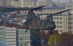 ヨッちゃんさんが、立川飛行場で撮影した陸上自衛隊 CH-47JAの航空フォト(写真)