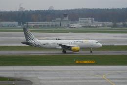 航空フォト:EC-LLM ブエリング航空 A320