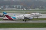 pringlesさんが、チューリッヒ空港で撮影したユーロウイングス A320-214の航空フォト(写真)