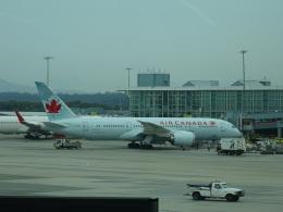 バンクーバー国際空港 - Vancouver International Airport [YVR/CYVR]で撮影されたバンクーバー国際空港 - Vancouver International Airport [YVR/CYVR]の航空機写真