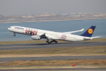 OMAさんが、羽田空港で撮影したルフトハンザドイツ航空 A340-642Xの航空フォト(写真)