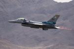 チャッピー・シミズさんが、ネリス空軍基地で撮影したUSAF F-16C-52-CF Fighting Falconの航空フォト(写真)