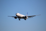 OMAさんが、成田国際空港で撮影したユナイテッド航空 777-322/ERの航空フォト(写真)