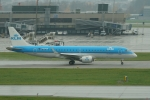 pringlesさんが、チューリッヒ空港で撮影したKLMシティホッパー ERJ-190-100(ERJ-190STD)の航空フォト(写真)