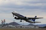julyさんが、高松空港で撮影した全日空 767-381の航空フォト(写真)