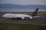 takikoki50000さんが、関西国際空港で撮影したUPS航空 747-8Fの航空フォト(写真)