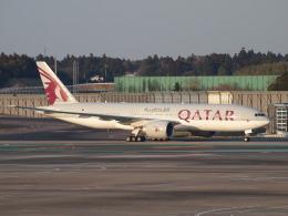 鷹71さんが、成田国際空港で撮影したカタール航空 777-2DZ/LRの航空フォト(飛行機 写真・画像)