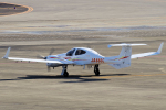 yabyanさんが、名古屋飛行場で撮影した日本法人所有 DA42 TwinStarの航空フォト(写真)