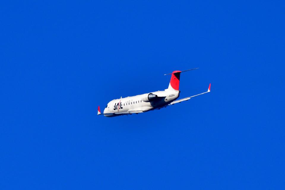 T.Sazenさんのジェイエア Bombardier CRJ-200 (JA209J) 航空フォト