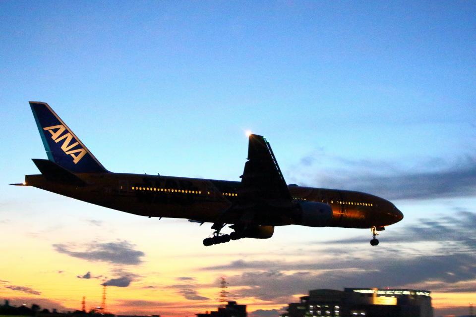 khideさんの全日空 Boeing 777-200 (JA743A) 航空フォト