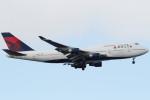 Itami Spotterさんが、嘉手納飛行場で撮影したデルタ航空 747-451の航空フォト(写真)