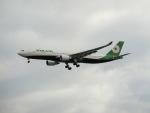 Tき/九州急行さんが、羽田空港で撮影したエバー航空 A330-302の航空フォト(写真)