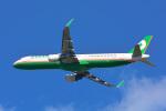 パンダさんが、成田国際空港で撮影したエバー航空 A321-211の航空フォト(写真)