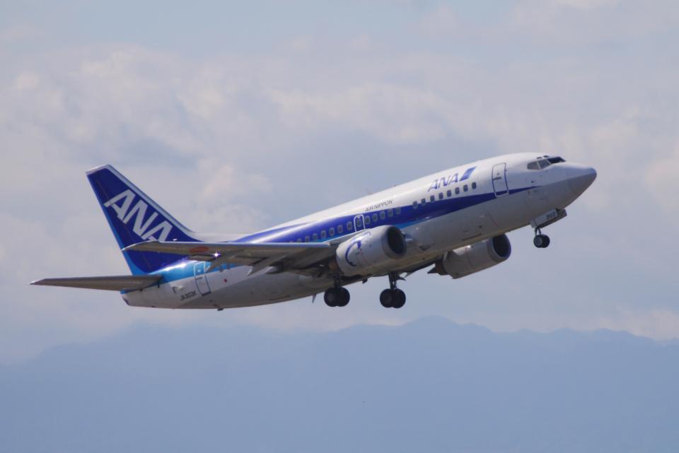 yabyanさんのエアーニッポン Boeing 737-500 (JA303K) 航空フォト